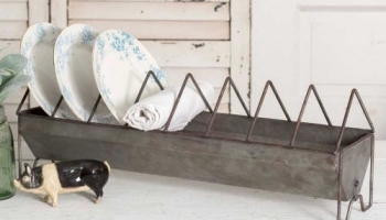 Farmhouse Kitchen Chick Feeder Rack